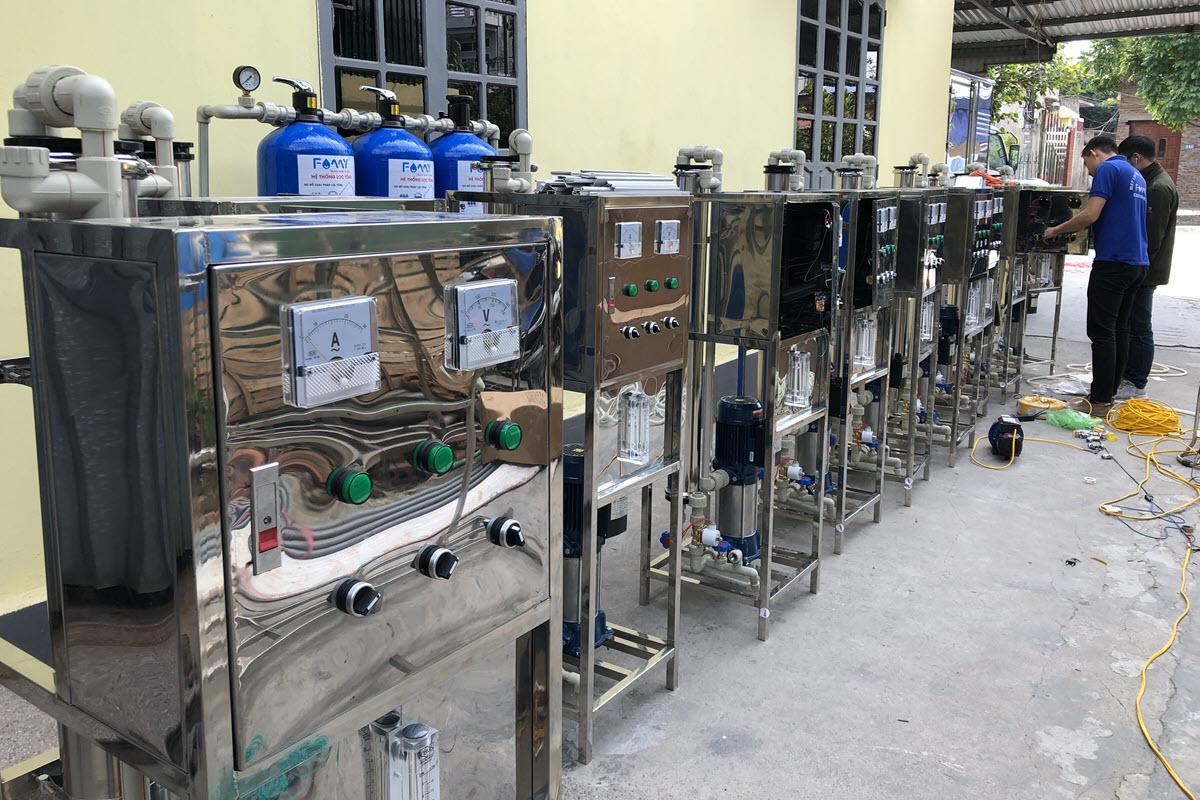 Máy lọc nước RO công nghiệp 250 lít/giờ