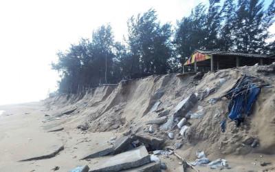 Tình trạng biển xâm thực đáng báo động ở Việt Nam