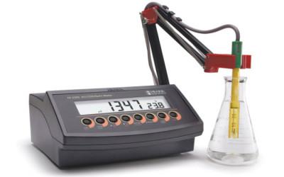 Mối quan hệ giữa độ dẫn điện EC, tổng chất rắn hòa tan TDS và độ mặn trong đo lường chất lượng nước