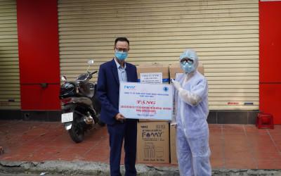Famy tài trợ 300 bộ đồ bảo hộ cho bệnh viện trẻ em Hải Phòng
