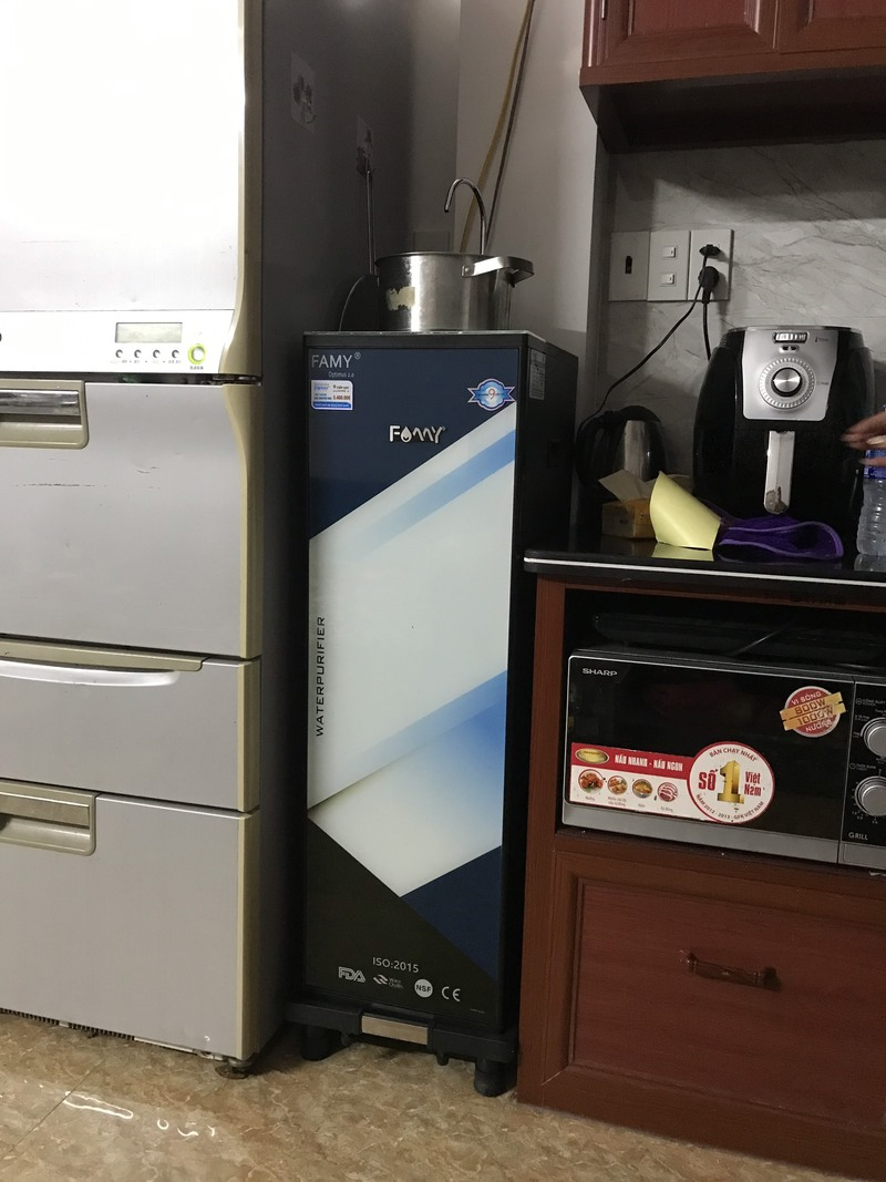 máy lọc nước nóng lạnh Sunhouse
