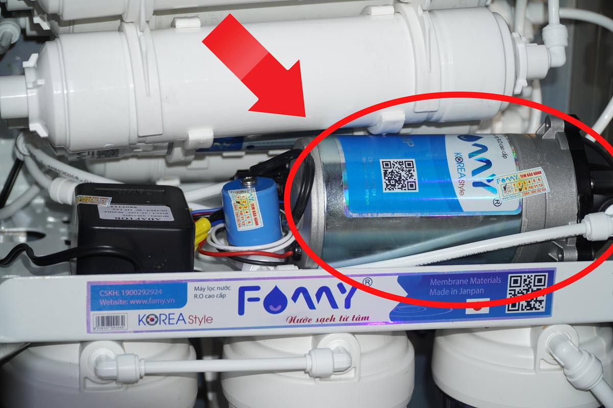 Bơm tăng áp Famy BOM24-H điện áp 24V loại hút sâu