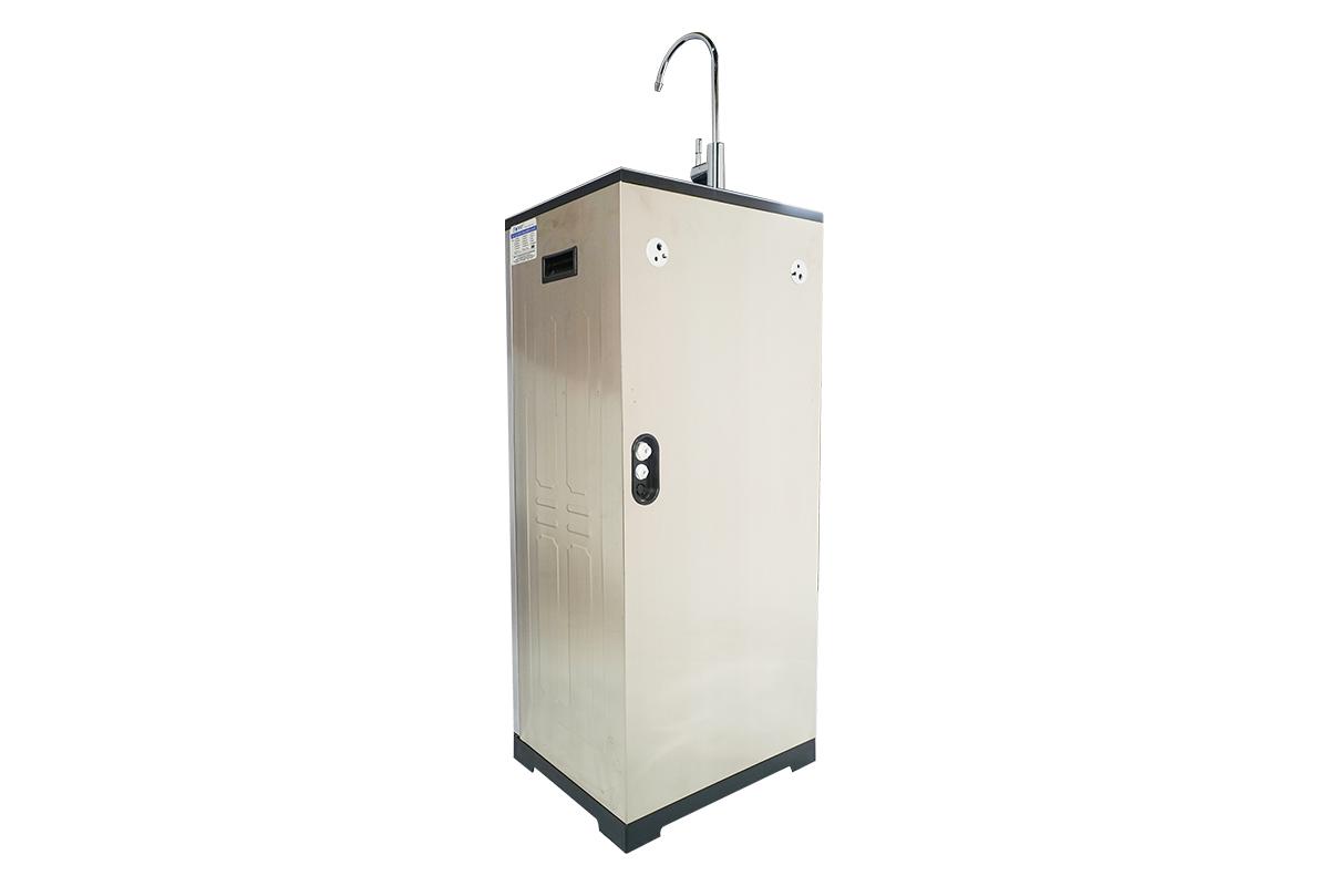 Máy lọc nước FAMY ECO8IQ-HA 8 cấp lọc bơm hút