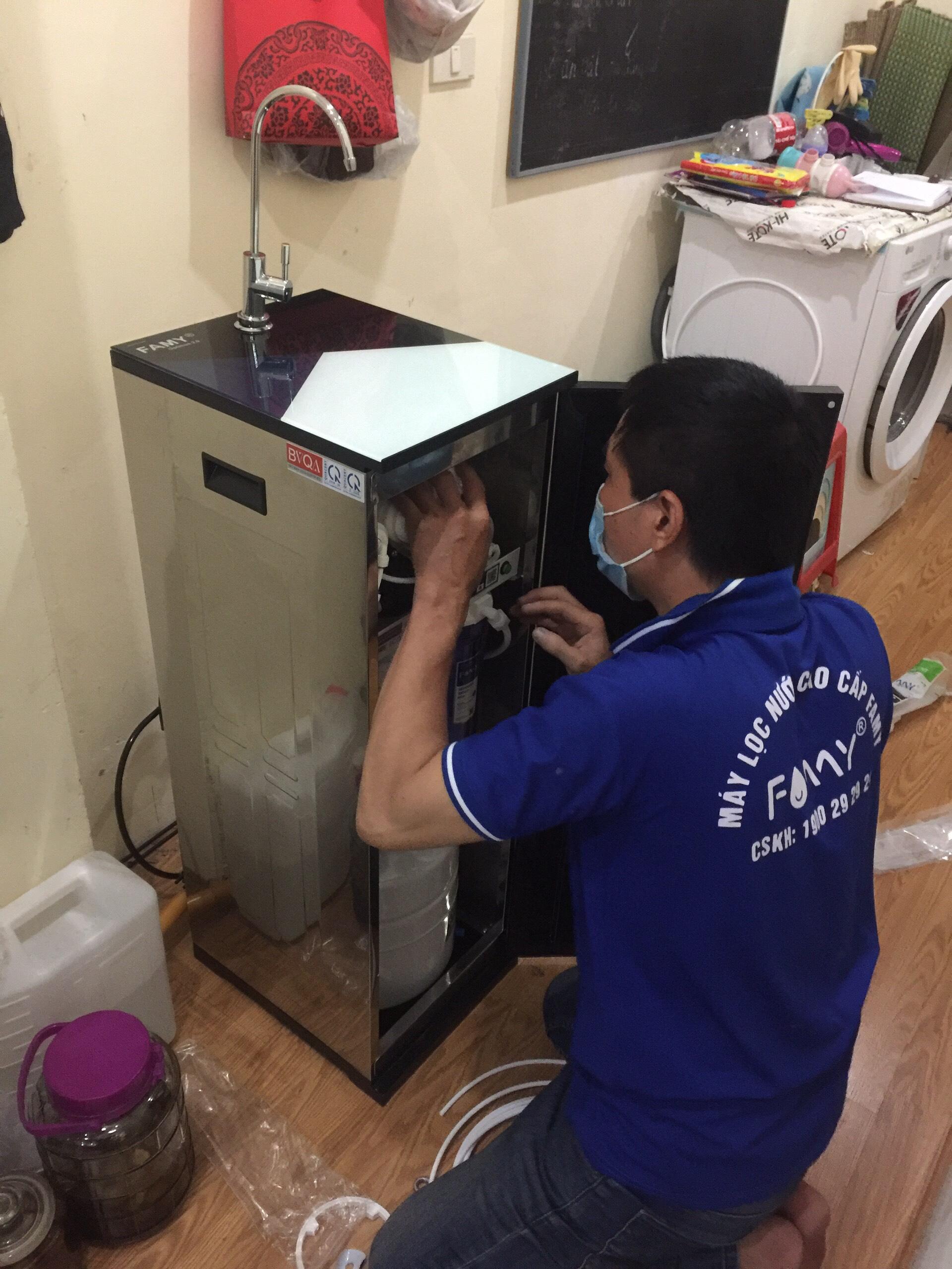 Máy lọc nước FAMY ECO2.0-HA 9 cấp lọc bơm hút
