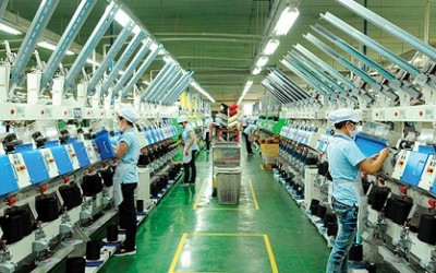 Nâng cao hiệu quả sản xuất với hệ thống lọc tổng cho nhà máy, khu công nghiệp.